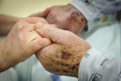 Az agresszív kezelés rossz minőségű életvégi ellátást jelent | sergiopizza.hu